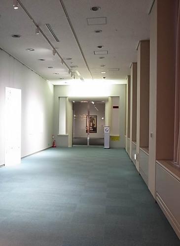 損保ジャパン入口.JPG
